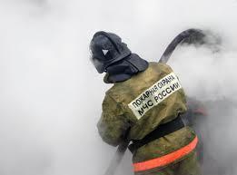 В Омске в горящей квартире пятиэтажки нашли убитого мужчину