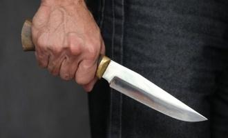 В Омске парень набросился с ножом на свою гражданскую жену