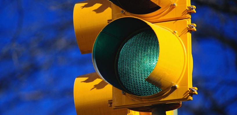В Омске еще раз скорректируют работу светофора на Красном Пути
