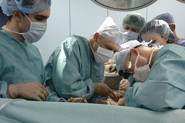 В Омске в этом году начнут делать операции по пересадке печени