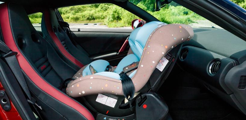Назад или вперед? Эксперты рассказали, где ребенку в автомобиле безопаснее всего