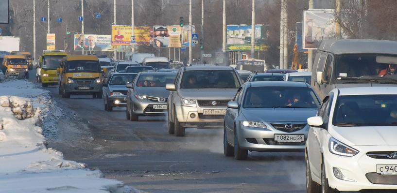 Обзор пробок в Омске: небольшой затор на Красном Пути и улице Конева