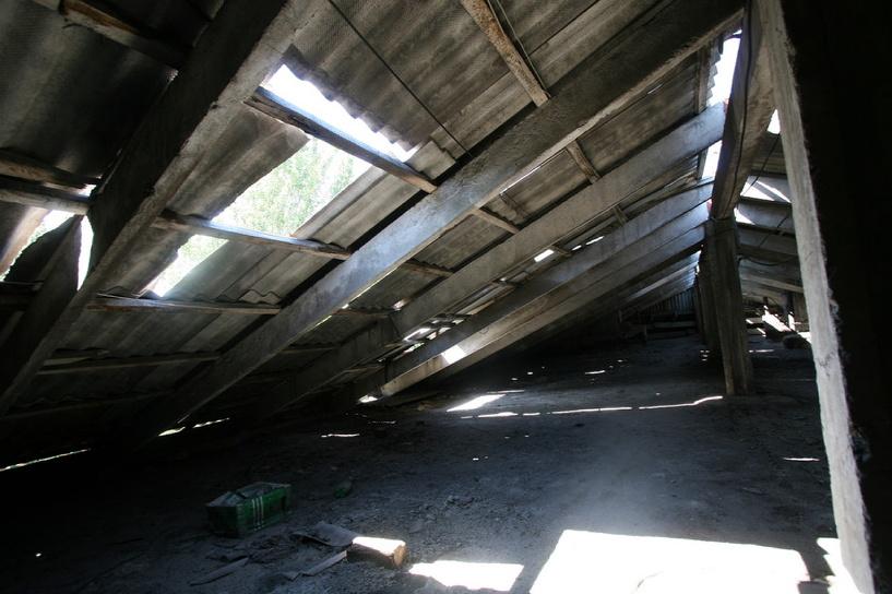 Некоторые школы Омска встретили учебный год с дырявыми крышами