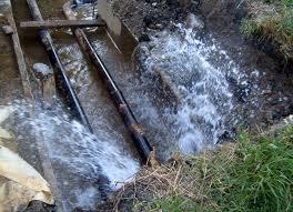 Прорыв трубы в Одесском оставил без холодной воды 6 тыс человек