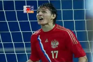 Воспитанник омского футбола забил гол в ворота китайской сборной