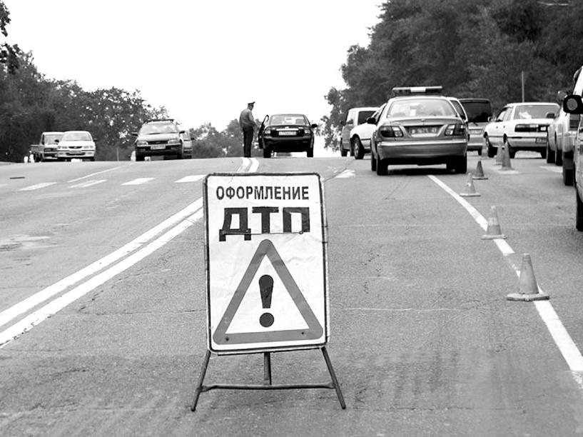 В Омской области в результате ДТП погиб водитель легковушки