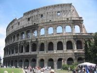 Римляне бьют тревогу: Колизей может уйти под землю