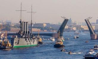 Развод мостов остался символом Санкт-Петербурга