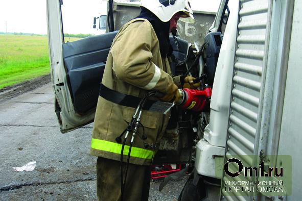 В крупном столкновении двух грузовиков под Омском виноват водитель ISUZU