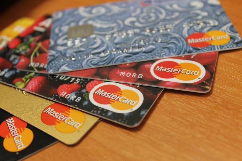 Омичи могут купить предоплаченные карты MasterCard
