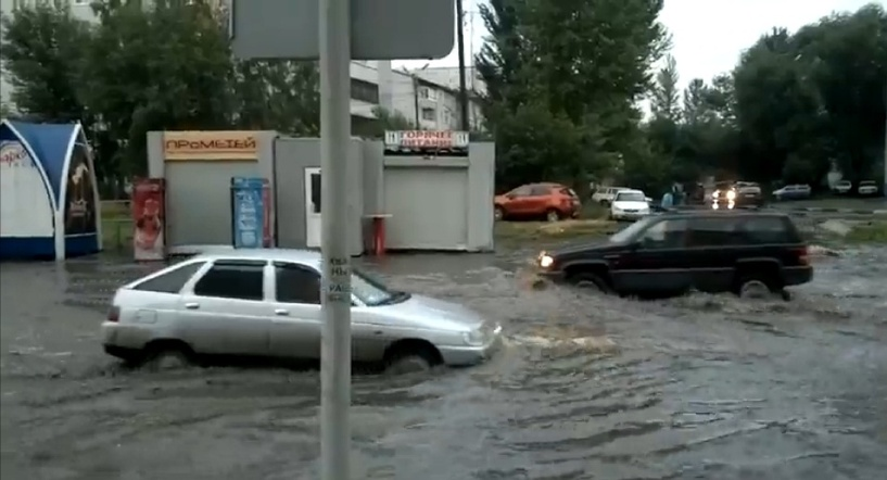 В потопе на Дмитриева виновато мифическое омское метро