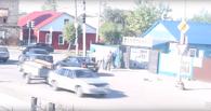 В Омске автомобилисты устроили массовую драку из-за дороги
