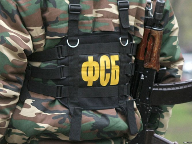 В Омске будут судить драгдилера, который привез из Казахстана 10 кг героина