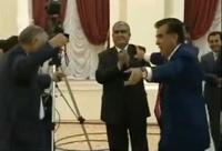 В Таджикистане заблокировали YouTube из-за видео с пьяным президентом