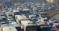 Омичи стоят в пробках на Красном пути и Фрунзенском мосту