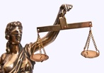 За вредность: объявлен аукцион на покупку квартиры для омского судьи