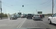 В Омске раздавило мотоциклиста, вылетевшего на встречную полосу