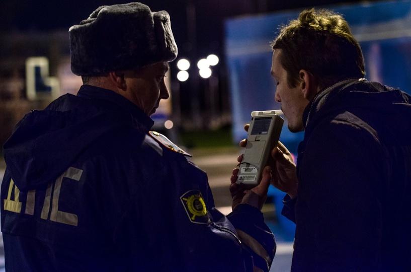 На дорогах Омска за сутки поймали 20 пьяных водителей