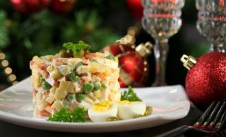 Рейтинг выживаемости салатов: как не провести праздники в больнице