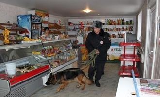 В Омской области напали с ножом на продавщицу