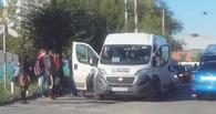 В Омске водитель маршрутки потерял сознание за рулем