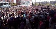Участники розыгрыша устроили пробку в центре Омска (фото)