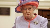 Елизавета II уличила охрану в воровстве орехов из ее покоев