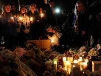 Американец, расстрелявший в школе 26 человек, имел при себе сотни патронов
