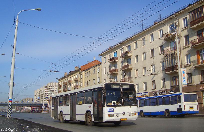 В Омске три автобуса изменили свой маршрут