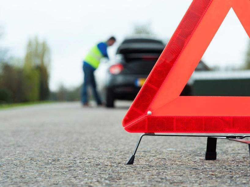 В Омской области 10-летний мальчик попал под колеса авто