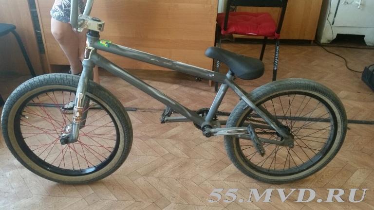 В Омске 17-летний подросток украл у своего приятеля велосипед