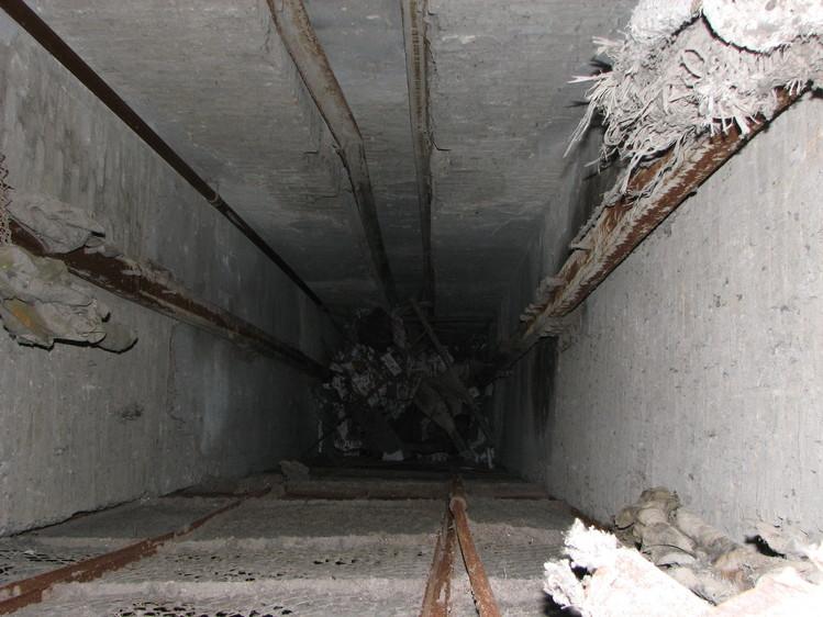 По факту гибели двух омичек, упавших в шахту лифта, возбуждено уголовное дело
