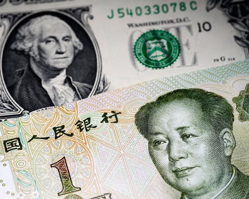 Китай резко уронил национальную валюту из-за падения экспорта