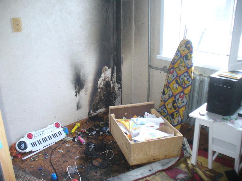 В Омске из горящей пятиэтажки спасли 14 человек
