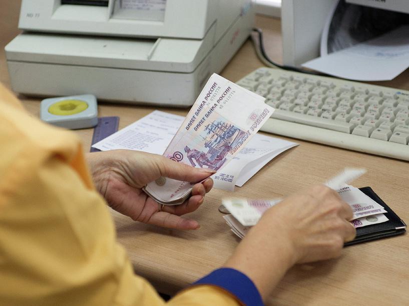 В Омской области на выплаты пенсий и пособий потратили 83,7 млрд рублей