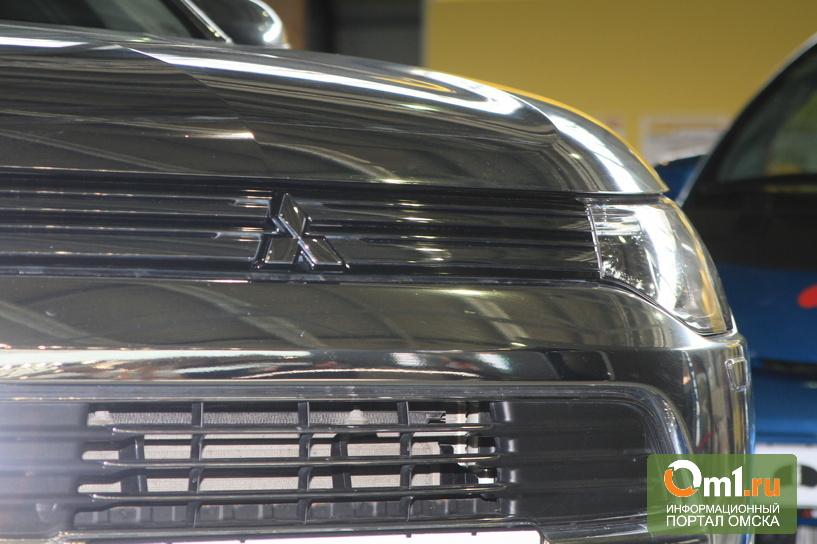 Ставка на ток: Mitsubishi на «Иннопроме» показала электровседорожник PHEV