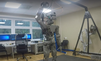 Умеет отжиматься, сам принимает решения: в России создали первого робота-космонавта Федора
