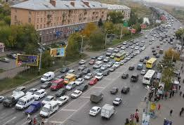 Пробки в Омске пообещали убрать за полтора года