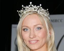 """Российская участница конкурса """"Мисс Вселенная"""" умерла от рака"""