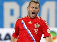Российских футболистов сравнили с капризными девицами