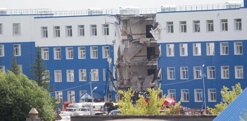 Обрушение казармы в Омске вошло в список крупнейших мировых катастроф по версии румынского издания
