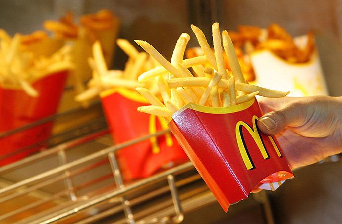 Декстроза и пирофосфат: «Макдональдс» раскрыл секрет натурального вкуса картошки-фри