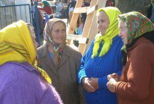 Омских бабушек завлекут на выборы 17 марта бесплатными медуслугами