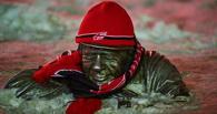 Болельщики «Авангарда» нарядили омские скульптуры в хоккейную форму
