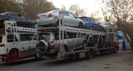 На трассе Тюмень – Омск «выпотрошили» сразу два автовоза, перевозивших иномарки в Москву