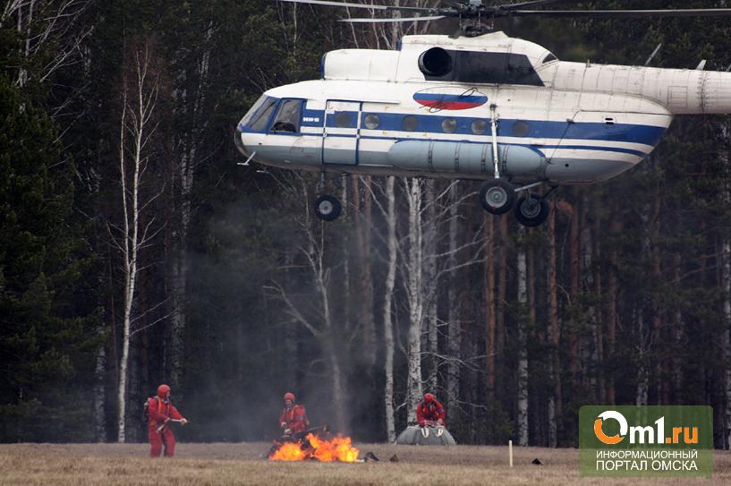 На месте крушения вертолета в Мурманской области подняли 12 тел