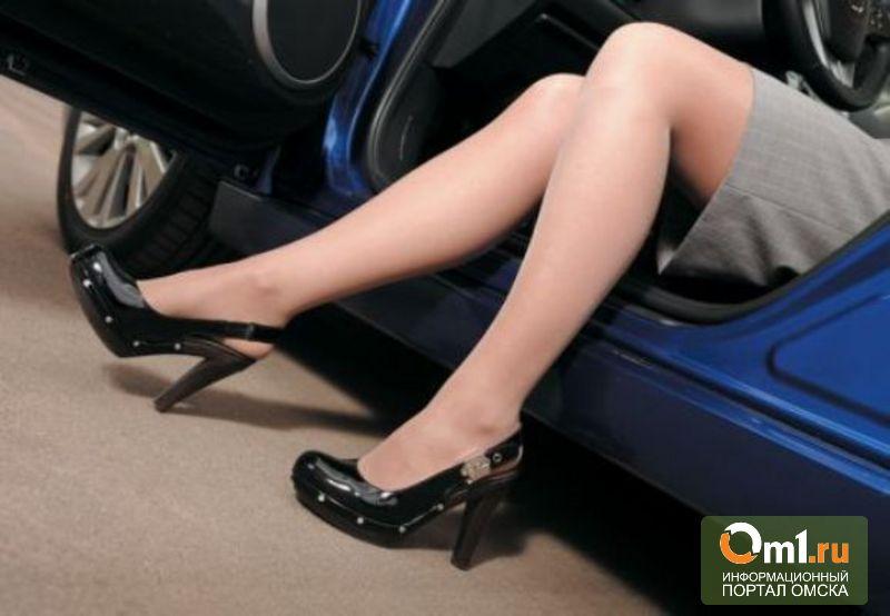 В Омской области поймали пьяную автоледи без прав и с ребенком в машине