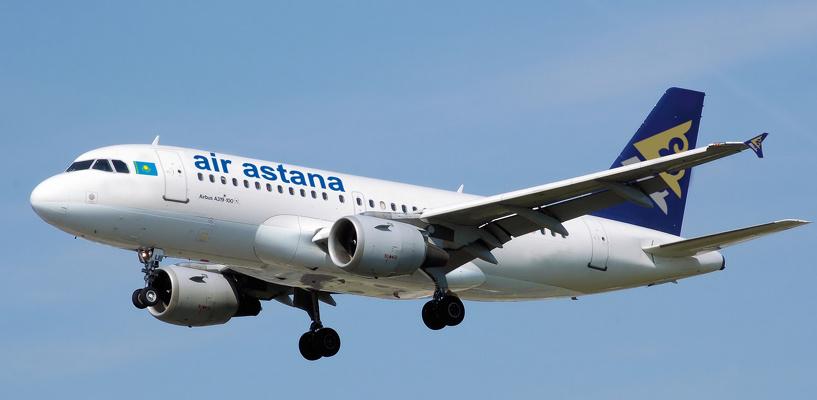 Самолет Омск-Астана, задержанный на 25 часов, приземлился в Казахстане