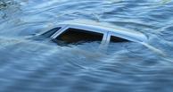 В Омской области в Иртыше обнаружен затонувший автомобиль с двумя телами внутри