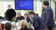 Крики, оскорбления, стакан воды в лицо: Аваков показал видео перепалки с Саакашвили